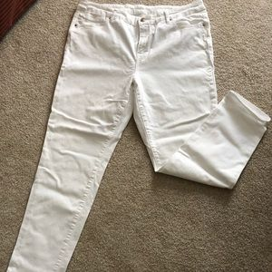 CHICOS Brand white jeans. Like new.